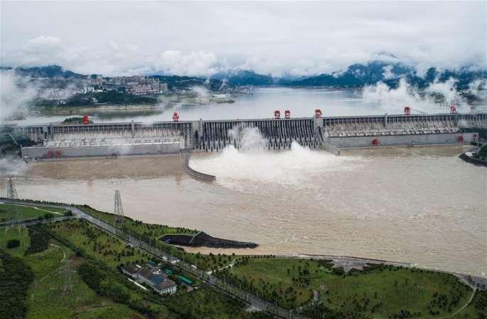 싼샤댐, 올해 첫 방수… 가까운 시일 내에 또 한차례 홍수 맞이할 것