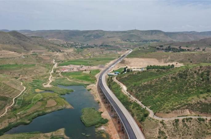 깊은 산속 탈빈곤 '고속도로'