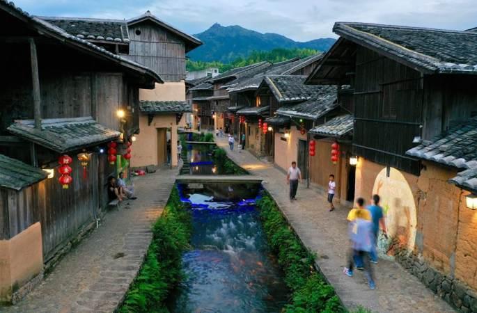푸젠 푸위안: 800년 고대 촌락에서 이어지는 사람과 잉어의 미담