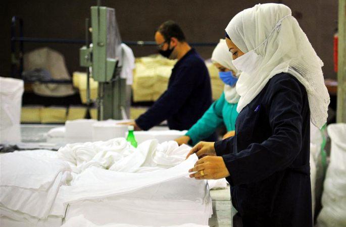시리아: 마스크 원자재 생산 한창