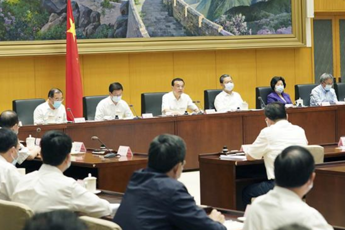 리커창 총리, 제3차 국무원 청렴업무회의 주재 및 연설