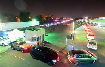 쿠웨이트: '드라이브 스루' 핵산검사