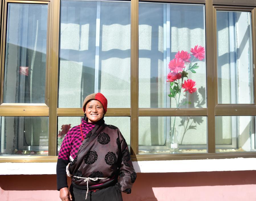 칭하이 간더: 이주단지에서의 새로운 생활