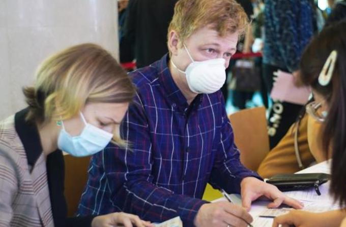 베이징: 외국인 코로나19 백신 접종 업무 질서 있게 추진