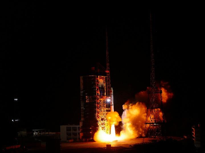 中 야오간 30호 08조 위성 발사