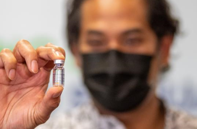 """말레이시아 과학기술혁신부 장관 """"WHO의 긴급사용 승인은 시노백 백신의 안전성과 효능 증명"""""""